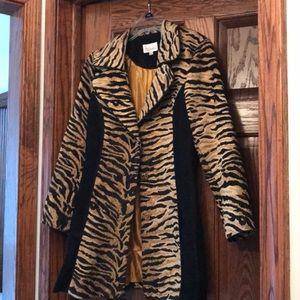 Ladies swing coat